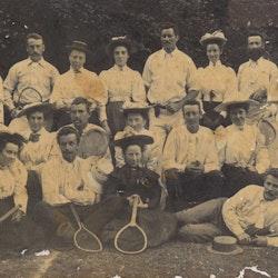 Tennis Group, 1900.